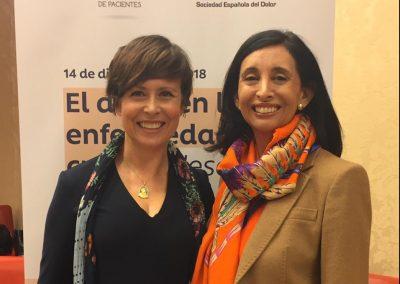 Isabel Colomina con la presidenta de la POP Carina Escobar